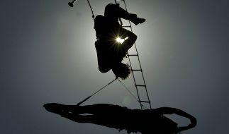 In Russland stürzte eine Zirkusartistin zwölf Meter in die Tiefe. (Foto)