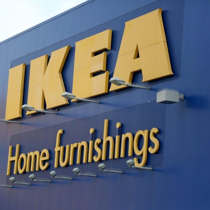 Ikea gibt Rabatt, wenn Schwangere auf Werbung pinkeln (Foto)