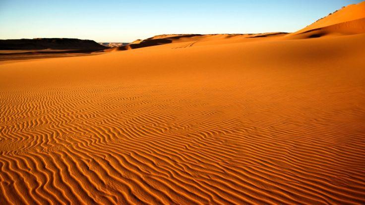 Seltenes Naturschauspiel: 40 cm Schnee in der Wüste Sahara