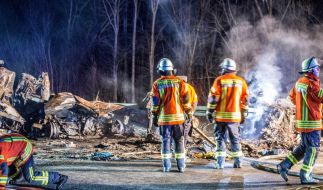 Bei einem Unfall auf der A6 starben zwei Menschen. (Foto)