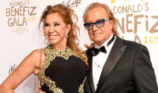 Carmen Geiss und ihr millionenschwerer Gatte Robert Geiss schwelgen für ihr Leben gern im Luxus. (Foto)