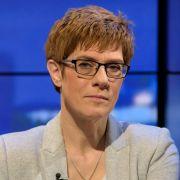 Keine Entlassung! CDU-Frau muss länger in Klinik bleiben (Foto)