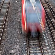 Radfahrer (18) von Zug erfasst und getötet (Foto)