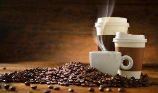 """""""Coffee to go"""" mag praktisch sein - dennoch gibt es Gefahren. (Foto)"""