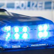Toter LKW-Fahrer blutüberströmt in Führerhaus gefunden (Foto)
