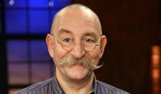 """Seit 2013 präsentiert Horst Lichter die ZDF-Trödelshow """"Bares für Rares"""". Doch ist bei der Sendung wirklich alles echt? (Foto)"""