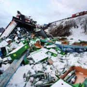 Sturmtief Friederike ist da! Eis-Orkan und Unfall-Chaos auf den Straßen (Foto)