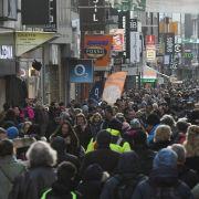 In DIESEN Städten lockte der Sonntagsverkauf (Foto)
