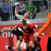 Deutsche Handballer vor EM-Aus nach Niederlage gegen Dänemark (Foto)