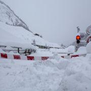 Lawinen-Alarm in Bayern, Tirol und der Schweiz! 5 Verschüttete gerettet (Foto)