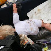 Blau angelaufen! Lebender Säugling im Müll entsorgt (Foto)