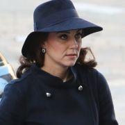 Fix und fertig! Geht Herzogin Kate die Puste aus? (Foto)