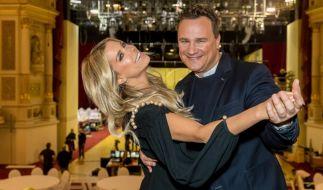 Sylvie Meis (l.) und Guido Maria Kretschmer führen durch den 13. Semperopernball. (Foto)