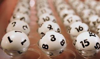 Aktuelle Lottozahlen bei Lotto am Samstag, Jackpot und Gewinnwahrscheinlichkeit. (Foto)