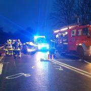 Rettungsgasse blockiert! Helfer eilen zu Fuß zu 5 Unfall-Opfern (Foto)
