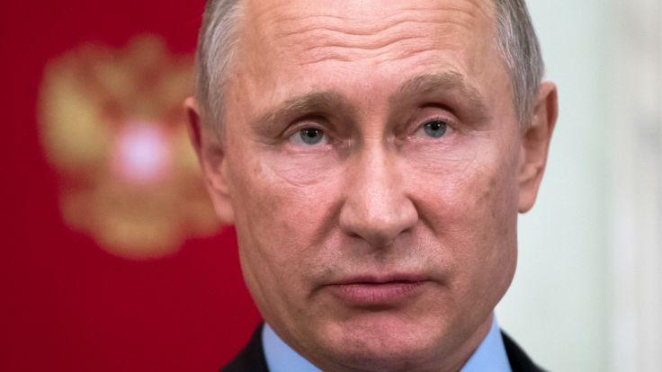 Der russische Präsident Wladimir Putin hat sein Waffenarsenal offenbar mit einem Überschall-Flugzeug mit zwölf Atomraketen an Bord aufgerüstet.