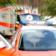 Schwer verletzt! Schlagerstar postet Horror-Foto aus Krankenhaus (Foto)