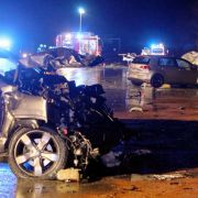 Horror-Unfall! 3 Menschen sterben bei Massen-Crash (Foto)
