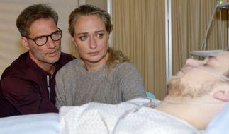 Jonas (Felix van Deventer) kämpft um sein Leben. (Foto)