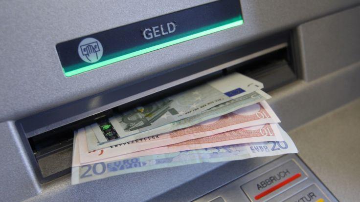 Netbank-Kunden müssen für das Abheben extra bezahlen.