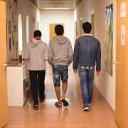 Helferinnen haben Sex mit minderjährigen Flüchtlingen (Foto)