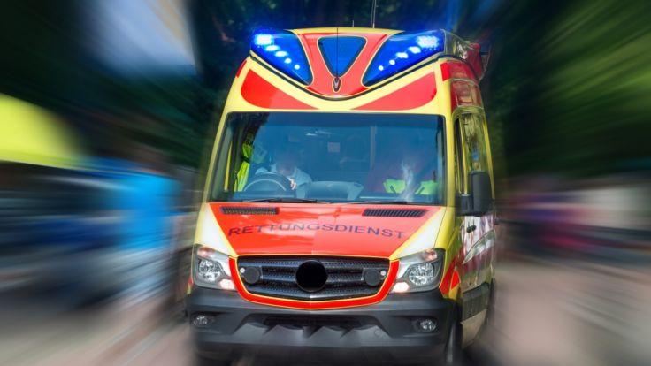 Schrecklicher Unfall: Betrunkener (28) fährt Frau (31) tot