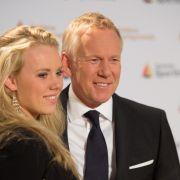 So lebt der Moderator nach der Trennung von seiner Ex Britta Becker (Foto)