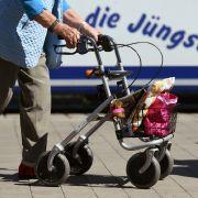 Horror-Crash! Rentnerin (80) vor Krankenhaus umgerast (Foto)