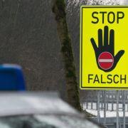 Geisterfahrer (80) löst schweren Unfall auf Autobahn aus (Foto)