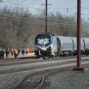 Tote nach Zugunglück! Güter- und Personenzug in USA kollidiert (Foto)
