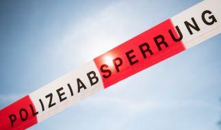 Die Polizei sicherte in Nordhorn eine Straße ab, weil die Eltern es zur Geburt nicht rechtzeitig ins Krankenhaus schafften. (Foto)