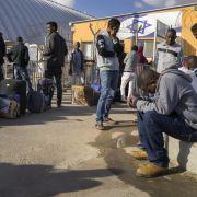 Tausende Flüchtlinge erhalten Ausweisungsbescheide (Foto)