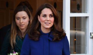 Kate Middleton erwartet im Frühjahr 2018 erneut Nachwuchs - der Babybauch ist schon jetzt nicht zu übersehen. (Foto)