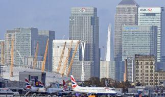 Der London City Airport ist wegen einer Weltkriegsbombe gesperrt. (Foto)