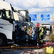 Gafferunfall auf A5 reißt Familie in den Tod (Foto)