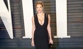 """Model und Schauspielerin Kate Upton ist beim Fotoshooting für """"Sports Illustrated"""" ein peinliches Missgeschick unterlaufen. (Foto)"""