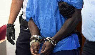Der Campingplatz-Vergewaltiger hat Feuer in seiner Zelle gelegt und liegt nun im künstlichen Koma. (Foto)
