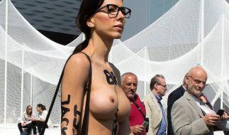 Milo Moiré zeigt sich gern und oft nackt in der Öffentlichkeit. (Foto)