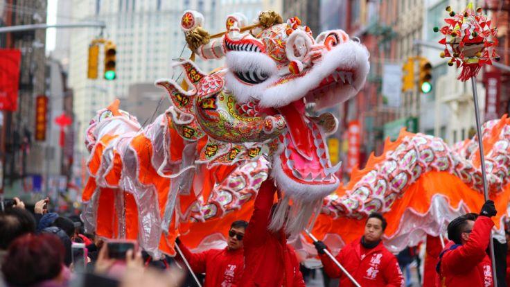 China begrüßt das Jahr des Hundes