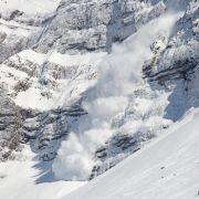 Lawinengefahr in Schweizer Alpen! Mehrere Menschen verschüttet (Foto)