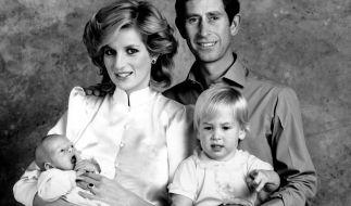 Der Schein trügt: Kurz nach der Geburt von Prinz Harry, hier auf dem Arm von Prinzessin Diana, war die Ehe von Lady Di und Prinz Charles schon irreparabel zerrüttet. (Foto)