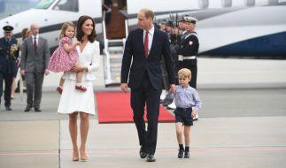 Eine schrecklich reizende Familie: Kate Middleton mit Ehemann Prinz William und den Kindern Prinzessin Charlotte und Prinz George. (Foto)