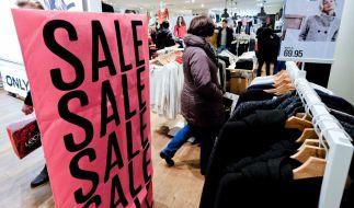 Auch an diesem Sonntag haben wieder in einigen Städten die Geschäfte geöffnet. (Foto)