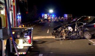 Ein 84 Jahre alter Geisterfahrer ist bei einem Unfall in der Nähe von Osnabrück getötet worden. (Foto)