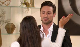 Yeliz zeigt Bachelor Daniel, was sie von ihm hält. (Foto)