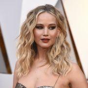 Etikette adé! JLaw lässt es krachen bei den Oscars 2018 (Foto)