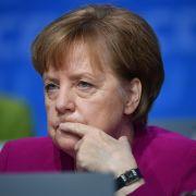 Ohrfeige für die Kanzlerin nach Skandal um die Essener Tafel (Foto)