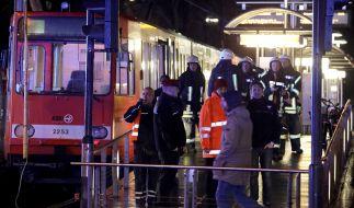 Beim Zusammenstoß zweier Straßenbahnen in Köln wurden am Donnerstag unzählige Menschen verletzt. (Foto)