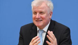 "Bundesinnenminister Horst Seehofer warnt vor ""falscher Rücksichtnahme"" im Umgang mit Muslimen. (Foto)"