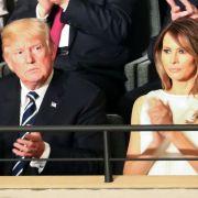 Schock! Lässt jetzt auch Melania Trump die Bombe platzen? (Foto)